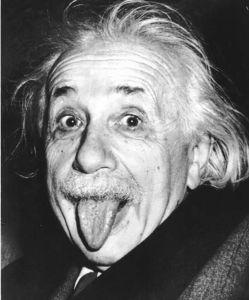 Einstein a la langue bien pendue.